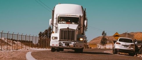 How to find a reliable company for auto transporting?